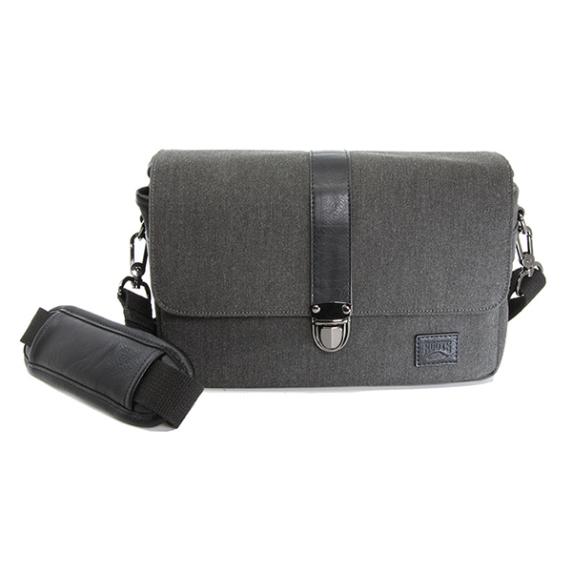Roots Uptown Flannel 20 – Messenger Bag