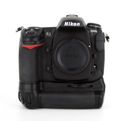 Nikon D300s Boitier + MB-D10 - Usagé